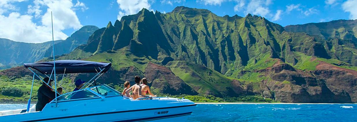 Scenic Boat Tours In Kauai Party Aloha